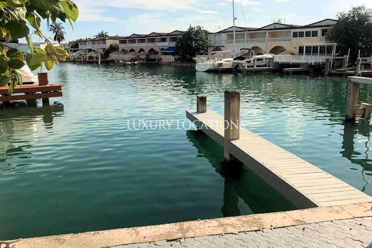 Property for Sale in Villa 419A, 2 bedroom Villa on the water with 40ft dock, Saint Mary, Jolly Harbour, Antigua, Antigua